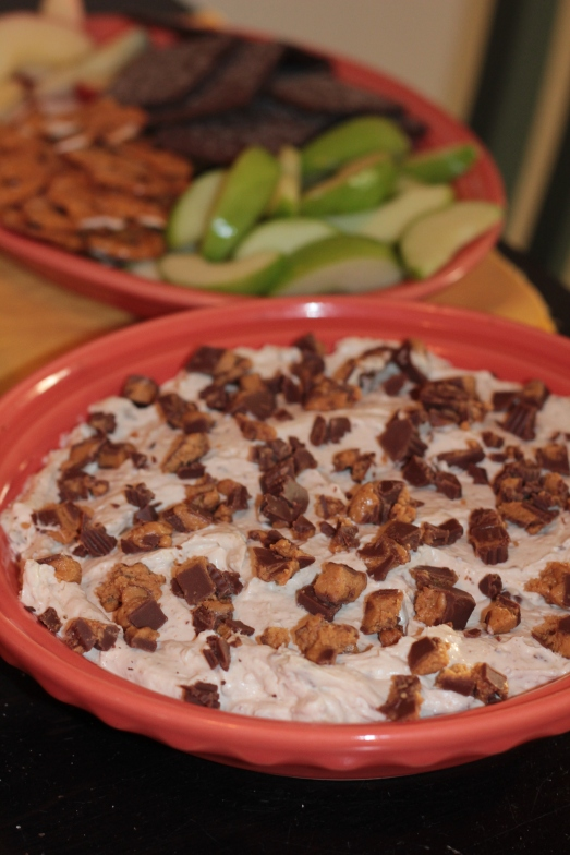 Creamy Reese's Peanut Butter Dip by Hollie's Hobbies