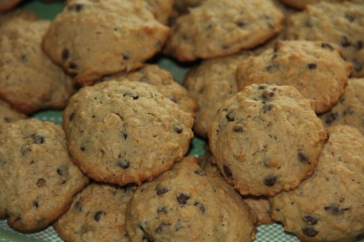 Elvis Cookies: Oatmeal, peanut butter, banana and chocolate chip