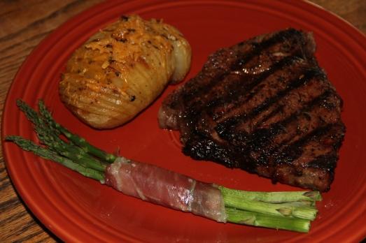 Easy Sunday Dinner: Steak, Hasselback Potatoes and ...