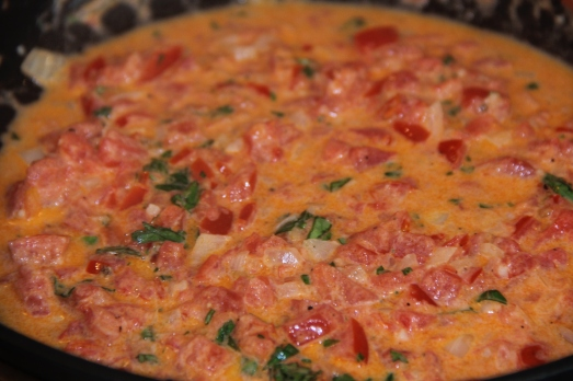 Easy Fresh Tomato and Basil Cream Sauce