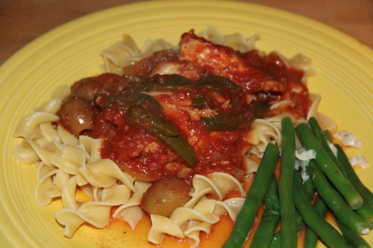 Slow Cooker Chicken with Tomatoes, Olives and Peppers