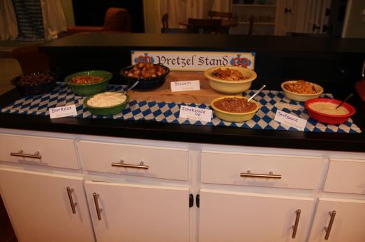 Oktoberfest Party: Pretzel Stand
